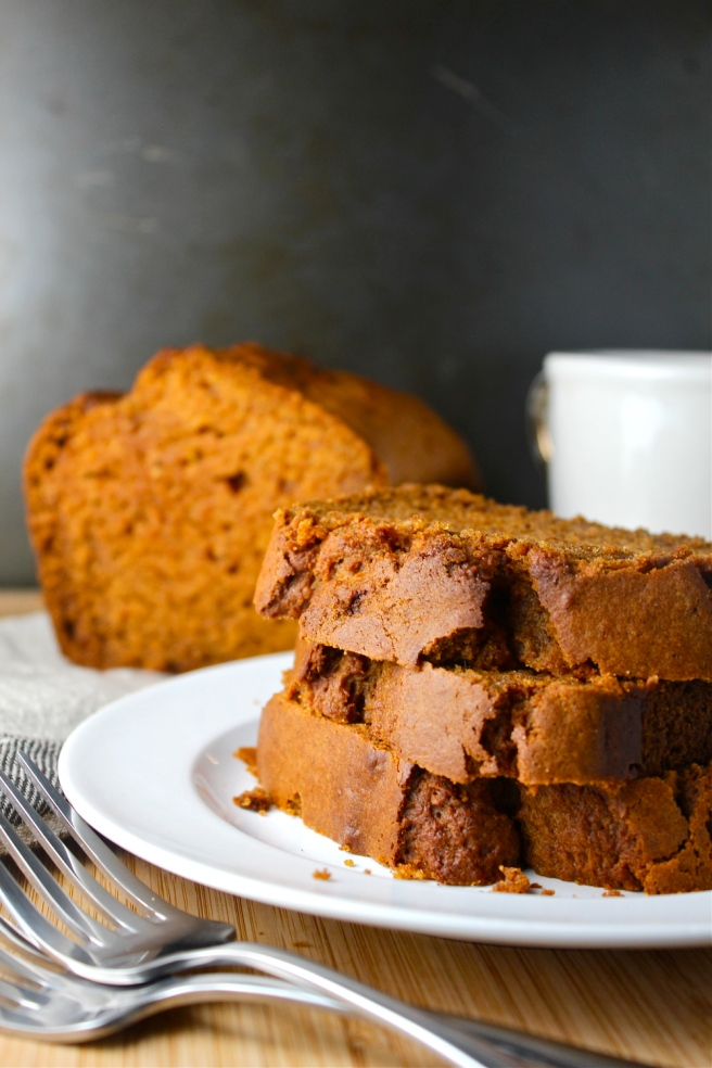 This Pumpkin Bread is packed with fragrant spices and vanilla - enjoy a thick slice for the perfect fall breakfast! | The Millennial Cook #fallrecipe #pumpkin #pumpkinbread #cinnamon #breakfast #brunch
