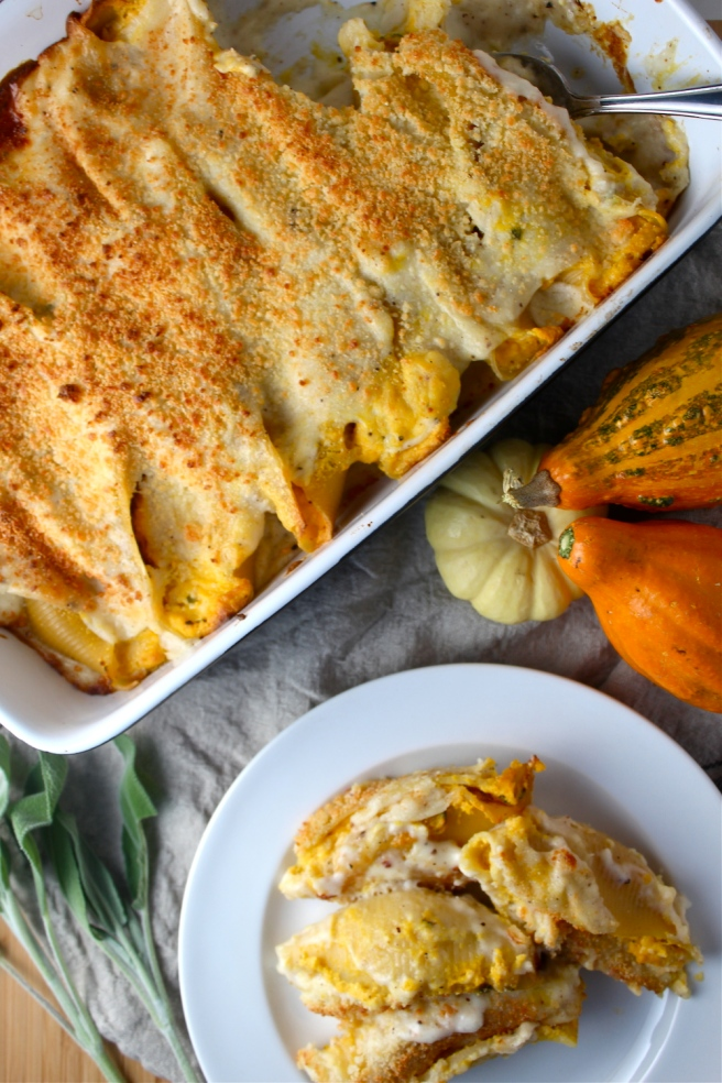 I can't get over these Pumpkin & Ricotta Stuffed Shells - the most amazing fall comfort food! | The Millennial Cook #fallrecipe #pasta #pumpkin #ricotta #sage #italian
