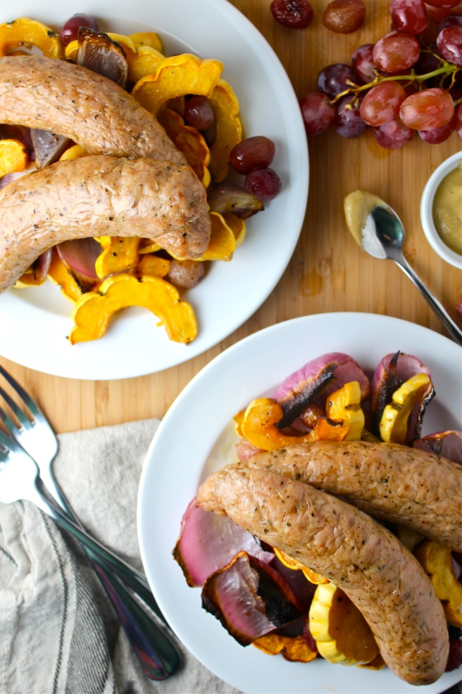 These Roasted Sausages with Squash & Red Grapes are an easy-to-throw-together one pan dinner! | The Millennial Cook #fallrecipe #dinner #easydinner #onepandinner