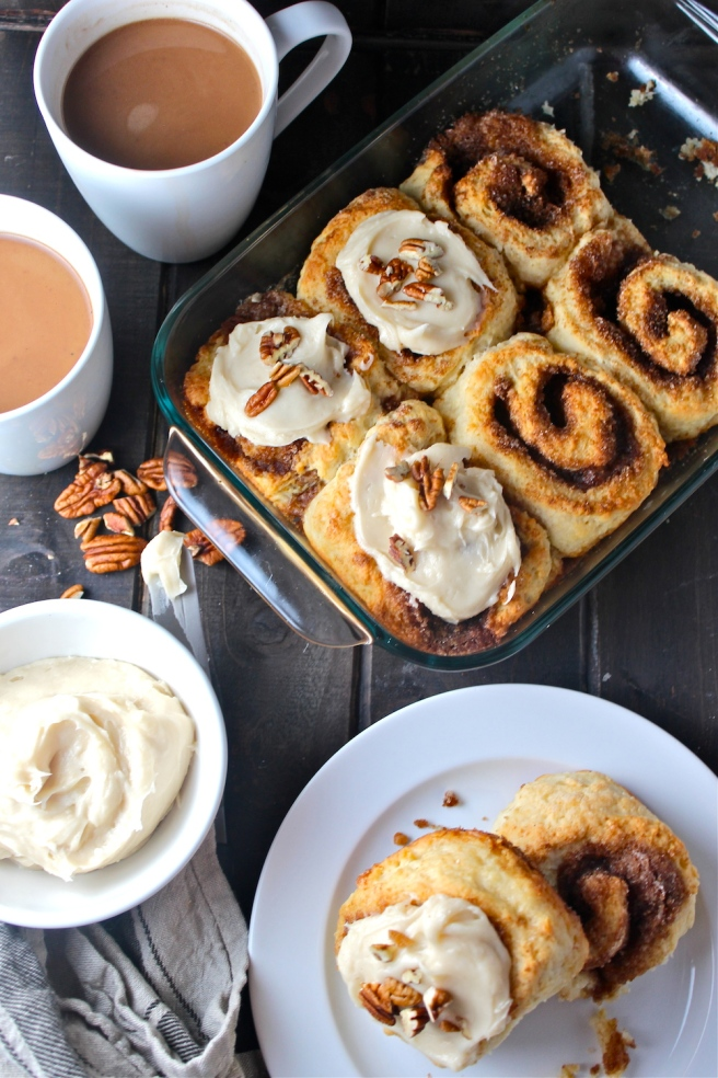 These decadent and fluffy Cinnamon Rolls are a classic breakfast treat! | The Millennial Cook #breakfast #brunch #cinnamonrolls
