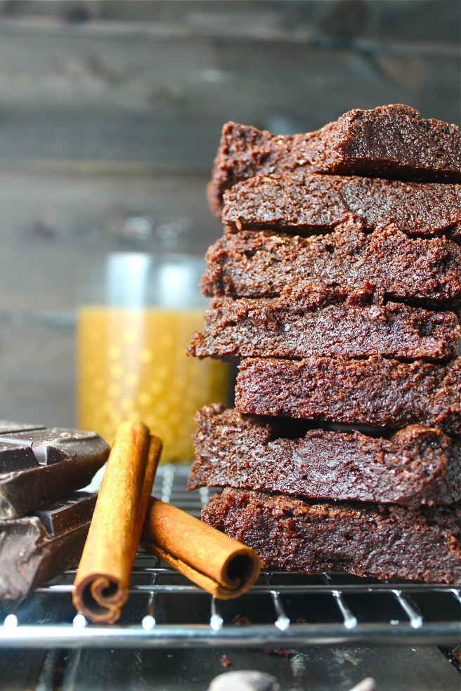 These Mexican Chocolate Brownies are rich, fudgy, chocolaty, and kissed with cinnamon! | The Millennial Cook #brownies #chocolate #cinnamon #mexicanchocolate