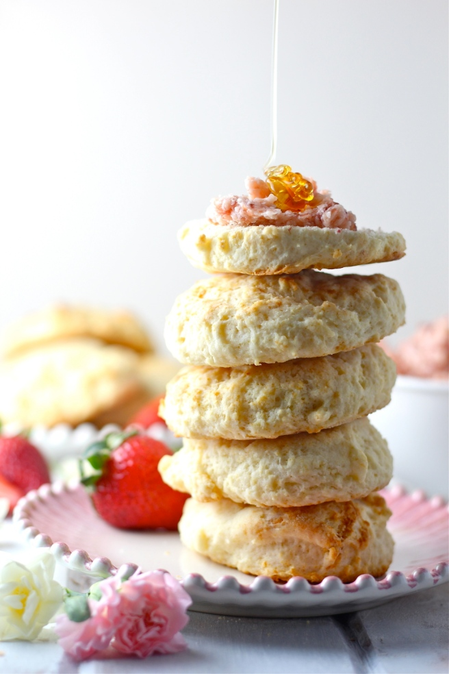 These Buttermilk Biscuits with Strawberry Honey Butter are a real treat! | The Millennial Cook #springrecipe #biscuits #strawberry