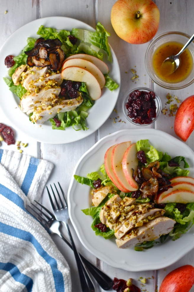 This Pistachio Crusted Chicken Salad - with caramelized onions, chopped apple, and goat cheese - is an amazing light and healthy dinner! | The Millennial Cook #salad #chicken #pistachio