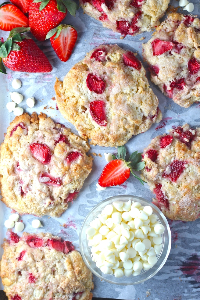 These Strawberry White Chocolate Scones are a sweet, fruity, and decadent breakfast treat! | The Millennial Cook #springrecipe #breakfast #brunch #scones #strawberry #whitechocolate