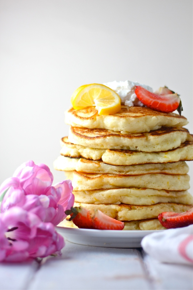 These Lemon Ricotta Pancakes are so light and airy - the perfect tart and creamy breakfast treat! | The Millennial Cook #breakfast #brunch #pancakes #lemon #ricotta