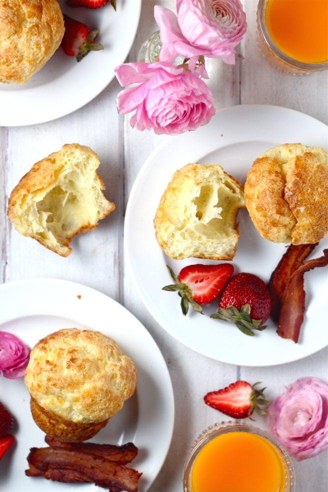 These classic Popovers are so incredibly light and airy! | The Millennial Cook #breakfast #brunch #popovers #muffins
