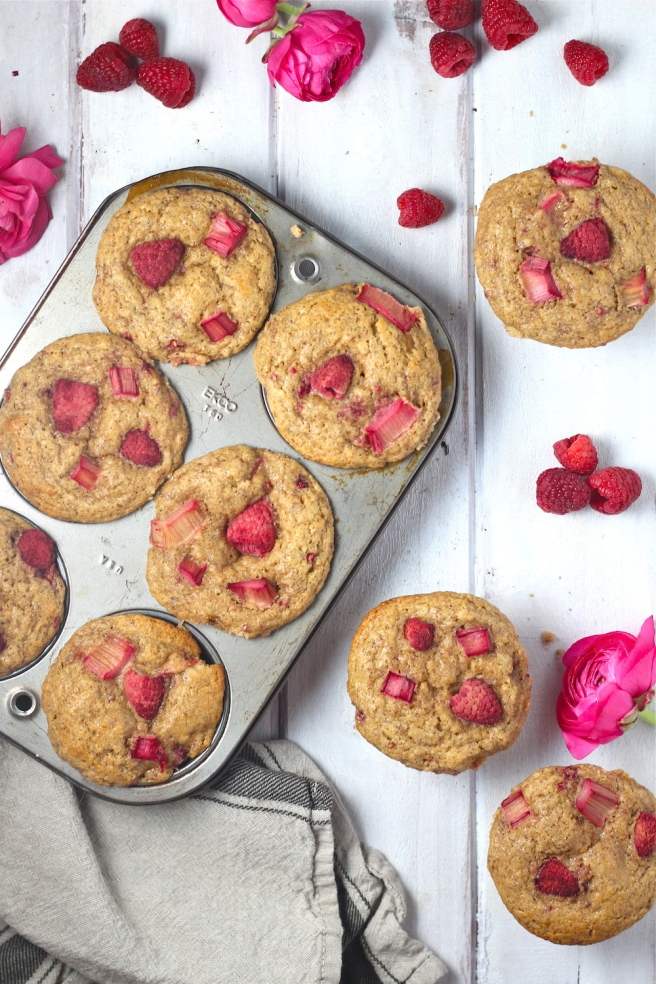 These Raspberry Rhubarb Flax Muffins are loaded with whole wheat flour, ground flaxseed, coconut oil, and maple syrup for the perfect wholesome breakfast! | The Millennial Cook #springrecipe #muffins #strawberry #rhubarb #flax